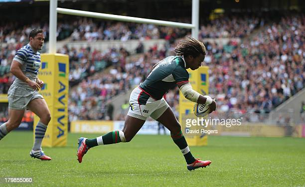Marland Yarde of London Irish breaks clear to score a try during the Aviva Premiership match between London Irish and Saracens at Twickenham Stadium...