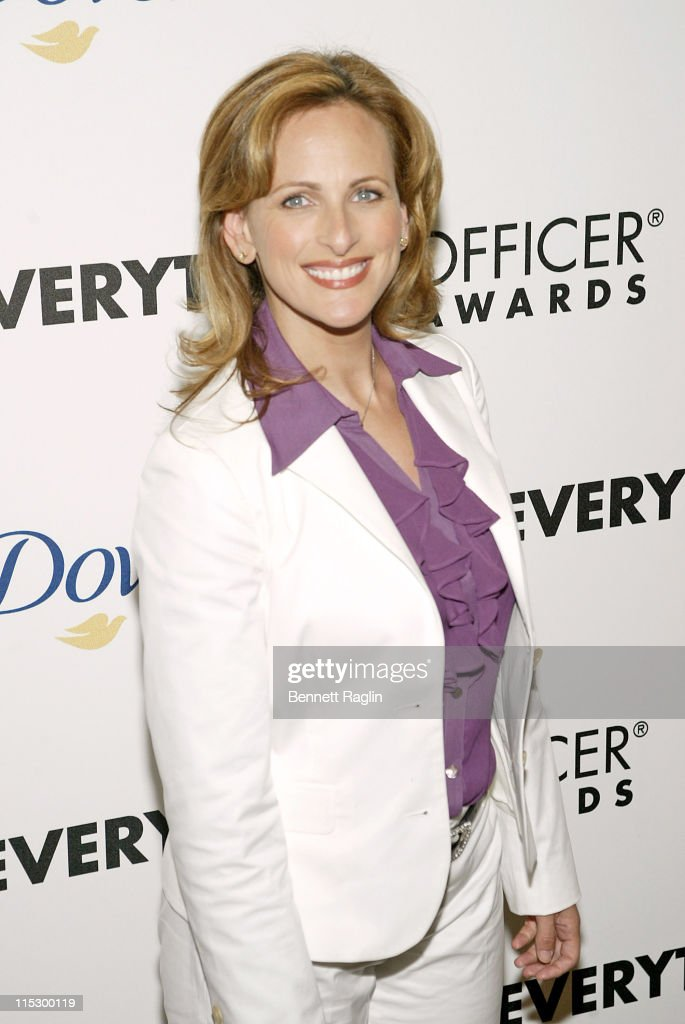 "Felicity Huffman and Marlee Matlin Honored at the 2nd Annual AOL.com ""Chief Eeverything Officer Awards"" - Arrivals : Foto jornalística"