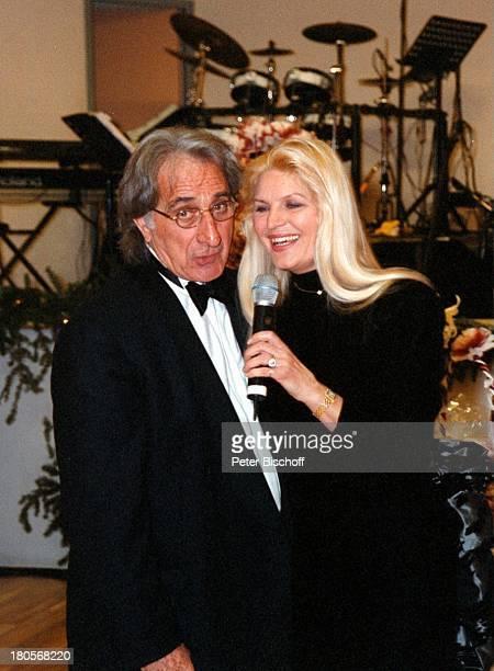 Marlene Charell Ehemann Roger Pappini LaRochette Frankreich Auftritt Brille