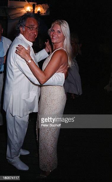 Marlene Charell Ehemann Roger PappiniHochzeit Angelina Pappini Kreuzfahrt MSAstor/vor Mauritius/Afrika Tanztanzen Hochzeitsfeier Kreuzfahrtschiff