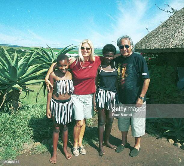 Marlene Charell Ehemann Roger PappiniUrlaub in Südafrika Einheimische Kapder guten Hoffnung Himmel AzurTracht Hütte HuluTracht TanzWildpark Kakteen...