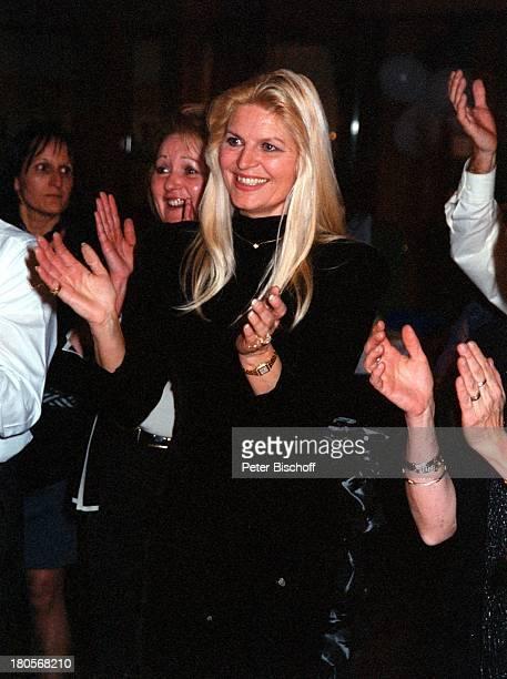 Marlene Charell, Gäste, La Rochette,;Frankreich, lächeln, klatschen