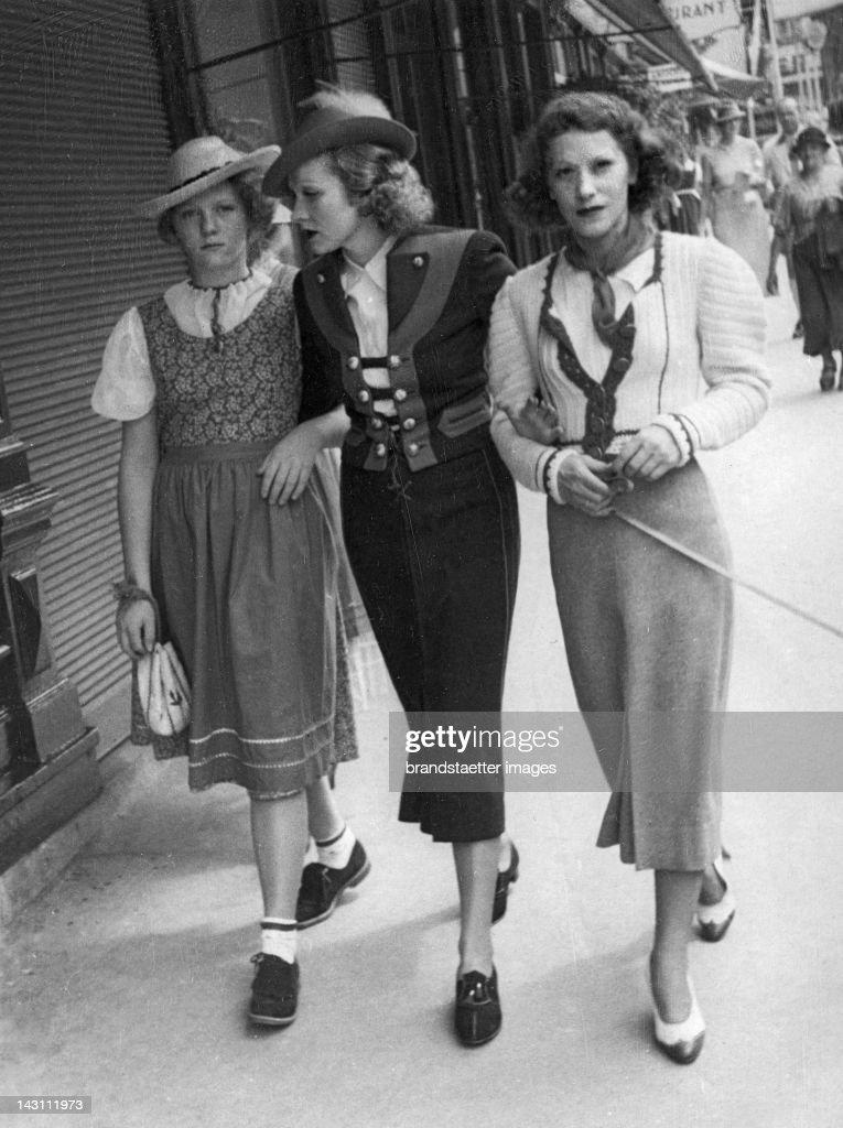 Marlene Dietrich and her daughter Maria in Salzburg. Austria. Photograph. About 1936. : News Photo
