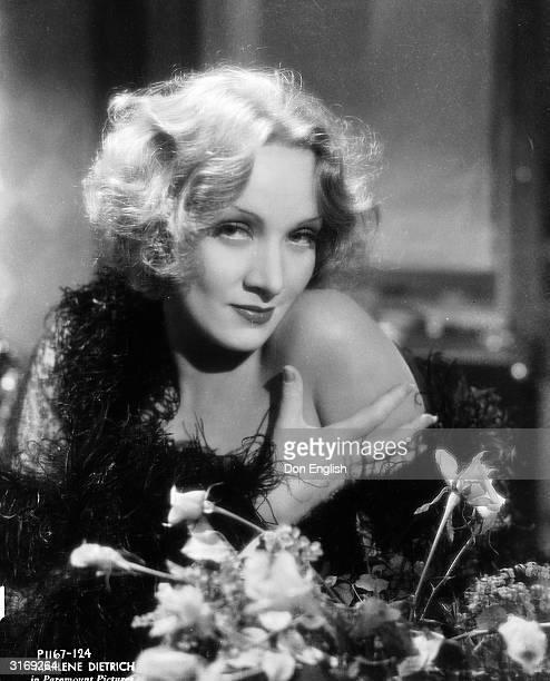 Marlene Dietrich as Madeline or Shanghai Lily in the film 'Shanghai Express', directed by Josef von Sternberg.