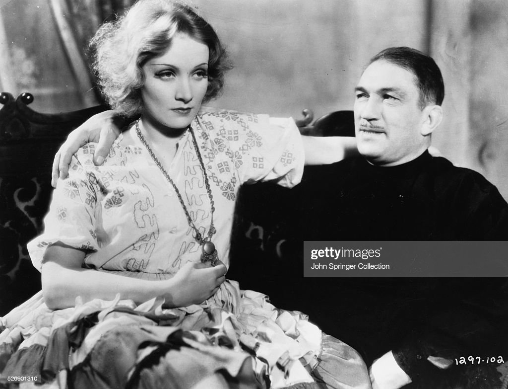 Marlene Dietrich and Victor McLaglen in Dishonored : News Photo