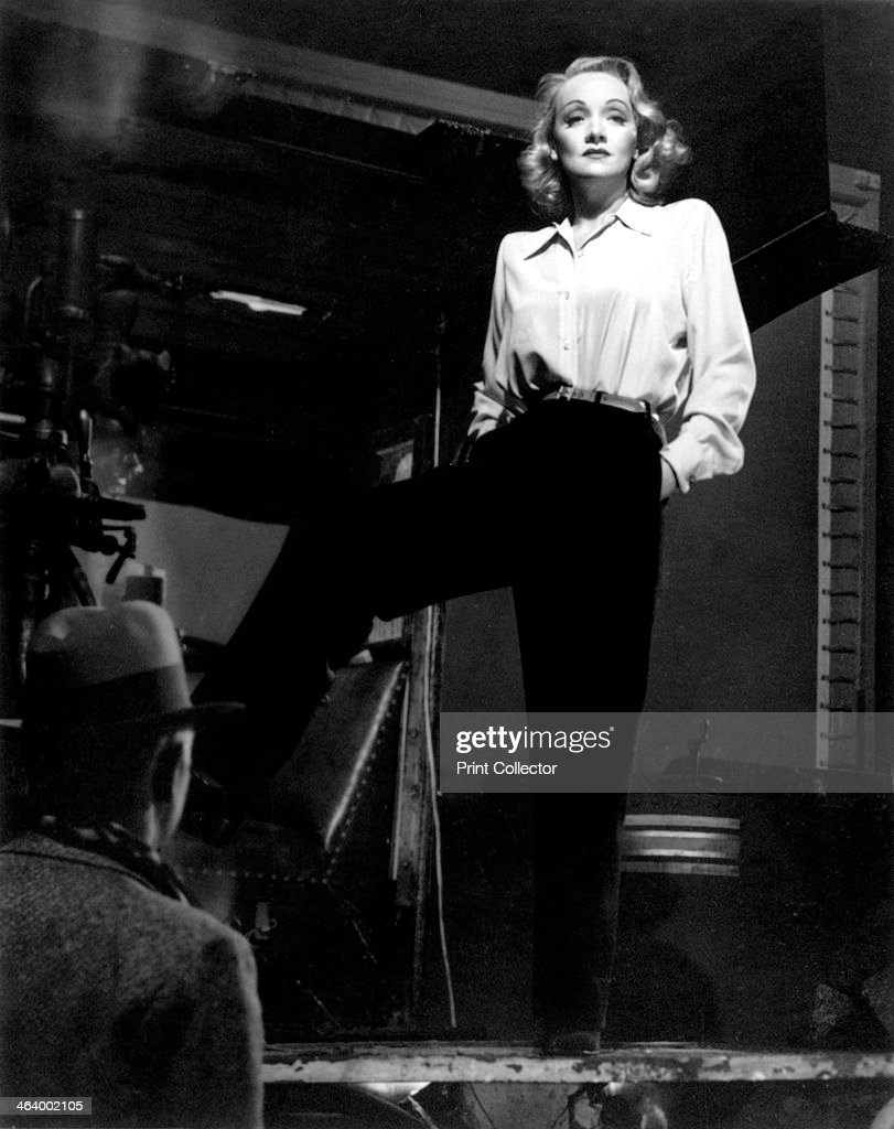 Marlene Dietrich, German-born American actress and film star, 1942.Artist: Laszlo Willinger : News Photo