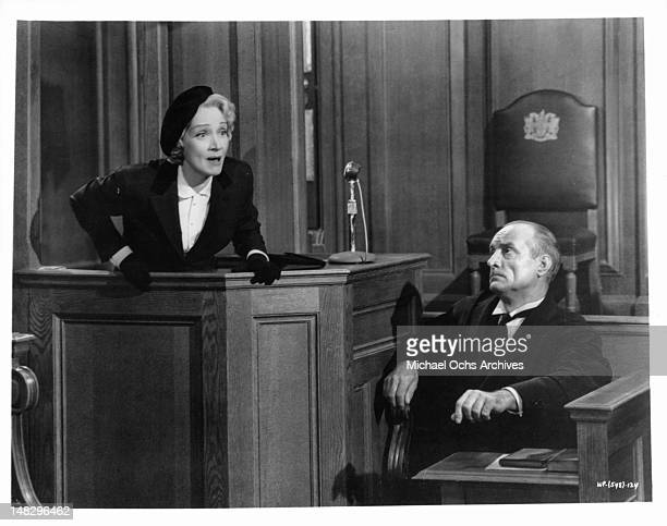 Marlene Dietrich on the witness stand in a scene from the film 'Witness For The Prosecution', 1957.