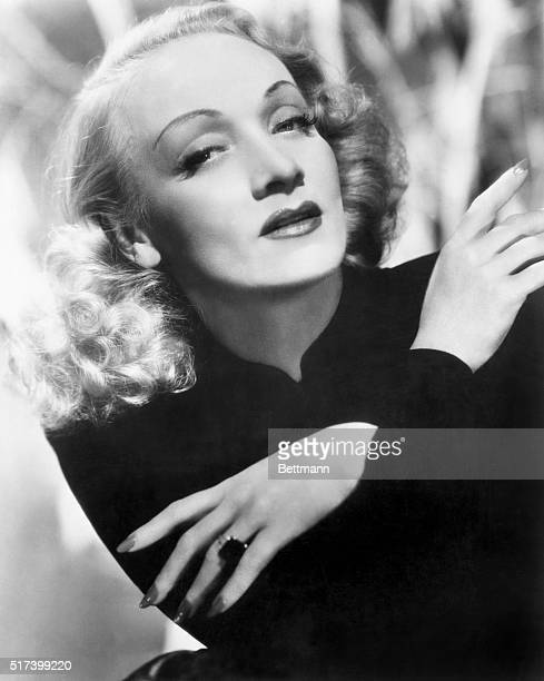 Marlene Dietrich publicity still from the 1940s.