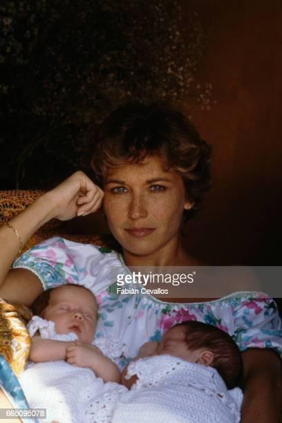 Marlene Jobert and her twin daughters Eva Green Joy Green