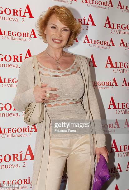 Marlene Mourreau attends Mar Regueras birthday party at Alquimia disco on April 8 2010 in Madrid Spain