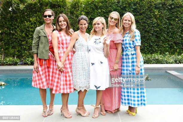 Marlien Rentmeester Benton Weinstock Kate Stirling Reese Witherspoon Molly Sims and Shannon Rotenberg attend NETAPORTER x Draper James Event on June...