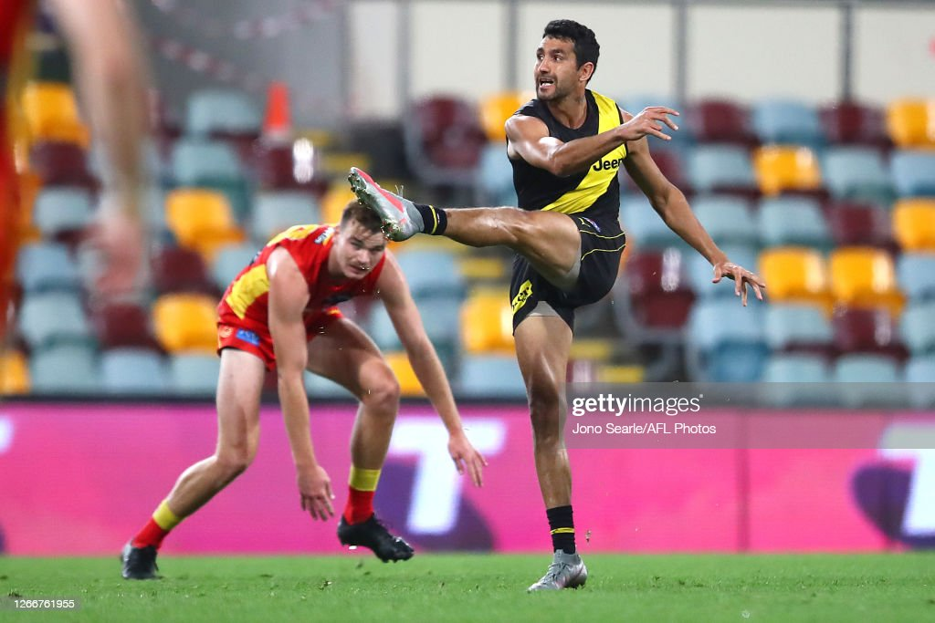 AFL Rd 12 - Richmond v Gold Coast : ニュース写真