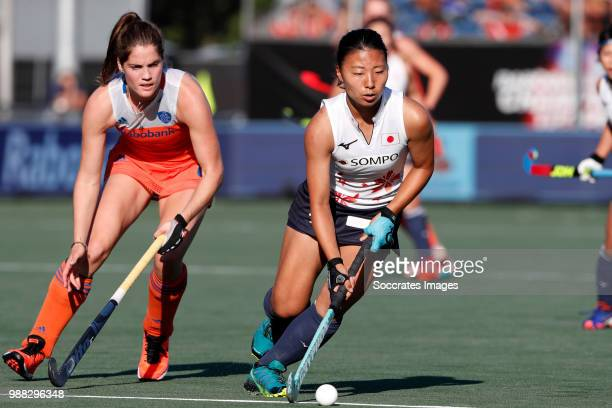 Marloes Keetels of Holland Women Natsuha Matsumoto of Japan Women during the Rabobank 4Nations trophy match between Holland v Japan at the Hockeyclub...