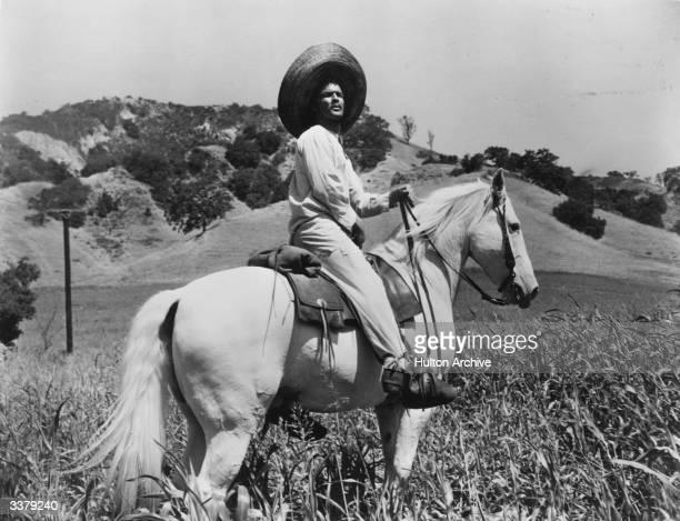 Marlon Brando starring as Mexican folk hero Emiliano Zapata in 'Viva Zapata!' directed by Elia Kazan for 20th Century Fox and written by John...