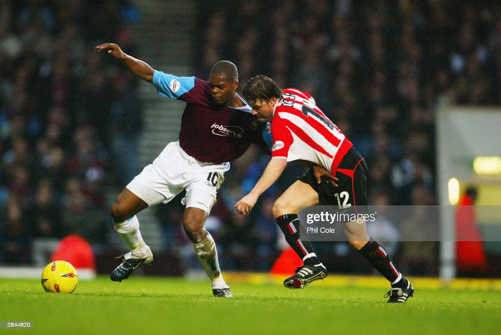 Nationwide League Division One: West Ham United v Sunderland : News Photo