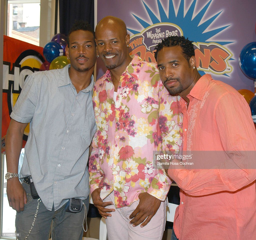Keenen Ivory Wayans, Shawn Wayans and Marlon Wayans In-Store Appearance at