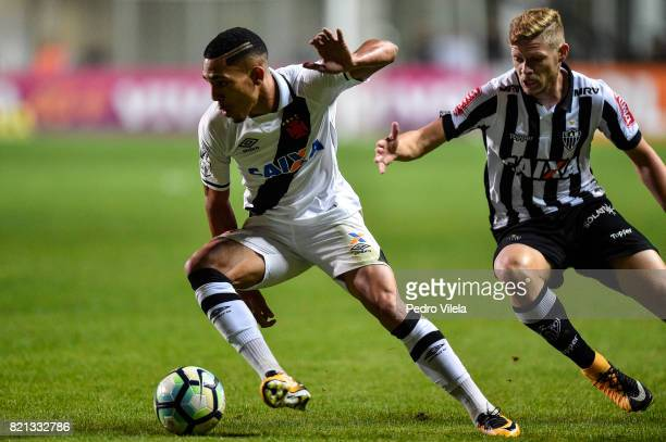 Marlone of Atletico MG and Gilberto of Vasco da Gama battle for the ball during a match between Atletico MG and Vasco da Gama as part of Brasileirao...