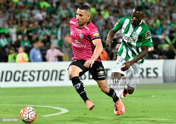Marlos Moreno of AtleticoNacional vies for the balll with Christian Nuñez of Independiente del Valle during a second leg final match between Atletico...