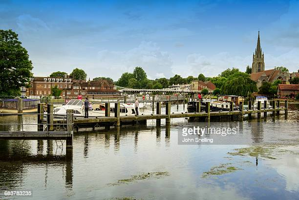 marlow and the river thames - buckinghamshire stock pictures, royalty-free photos & images