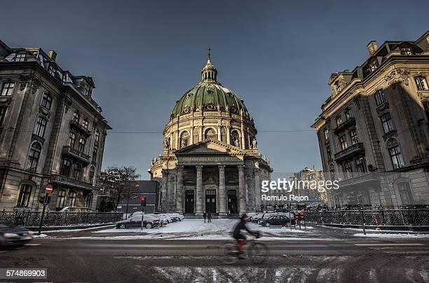 marmorkirken, copenhagen - amalienborg palace stock pictures, royalty-free photos & images