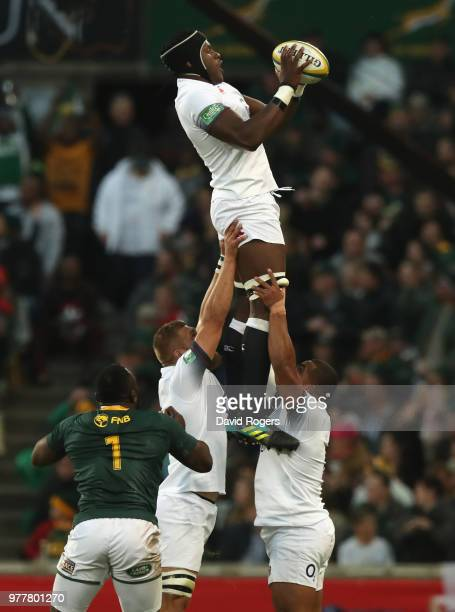 Maro Itoje of England catches the ball during the second test match between South Africa and England at Toyota Stadium on June 16 2018 in...