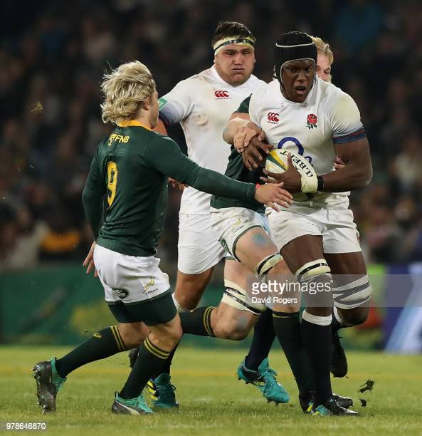 Maro Itoje of England charges upfield during the second test match between South Africa and England at Toyota Stadium on June 16 2018 in Bloemfontein...