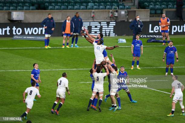 Maro Itoje of England competes for a lineout with Charles Ollivon of France during the Guinness Six Nations match between England and France at...