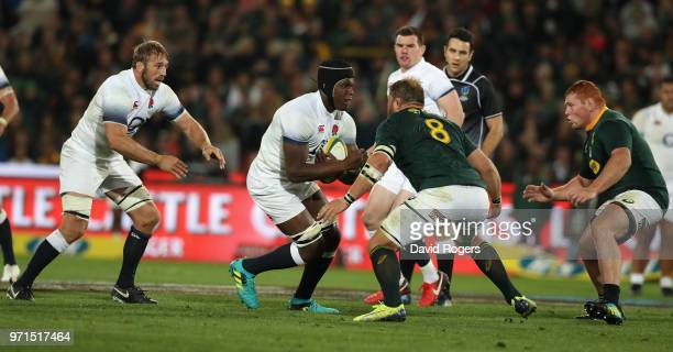 Maro Itoje of England takes on Duane Vermeulen during the first test match between South Africa and England at Elllis Park on June 9 2018 in...