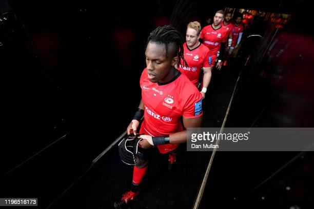 Maro Itoje of Saracens makes his way out of the tunnel for kick off during the Gallagher Premiership Rugby match between Exeter Chiefs and Saracens...