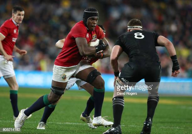 Maro Itoje of the Lions charges towards Kieran Read of the All Blacks during the second test match between the New Zealand All Blacks and the British...