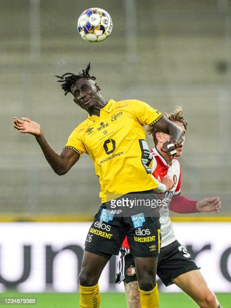 Marokhy Ndione of Elfsborg, Wouter Burger of Feyenoord during the UEFA Conference League play-offs match between IF Elfsborg and Feyenoord at Boras...