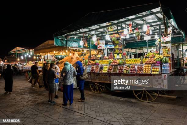 Marokko Marrakesch Djemaa el Fna Marktstand Orangen < englisch> Morocco Marrakesh Djemaa el Fna