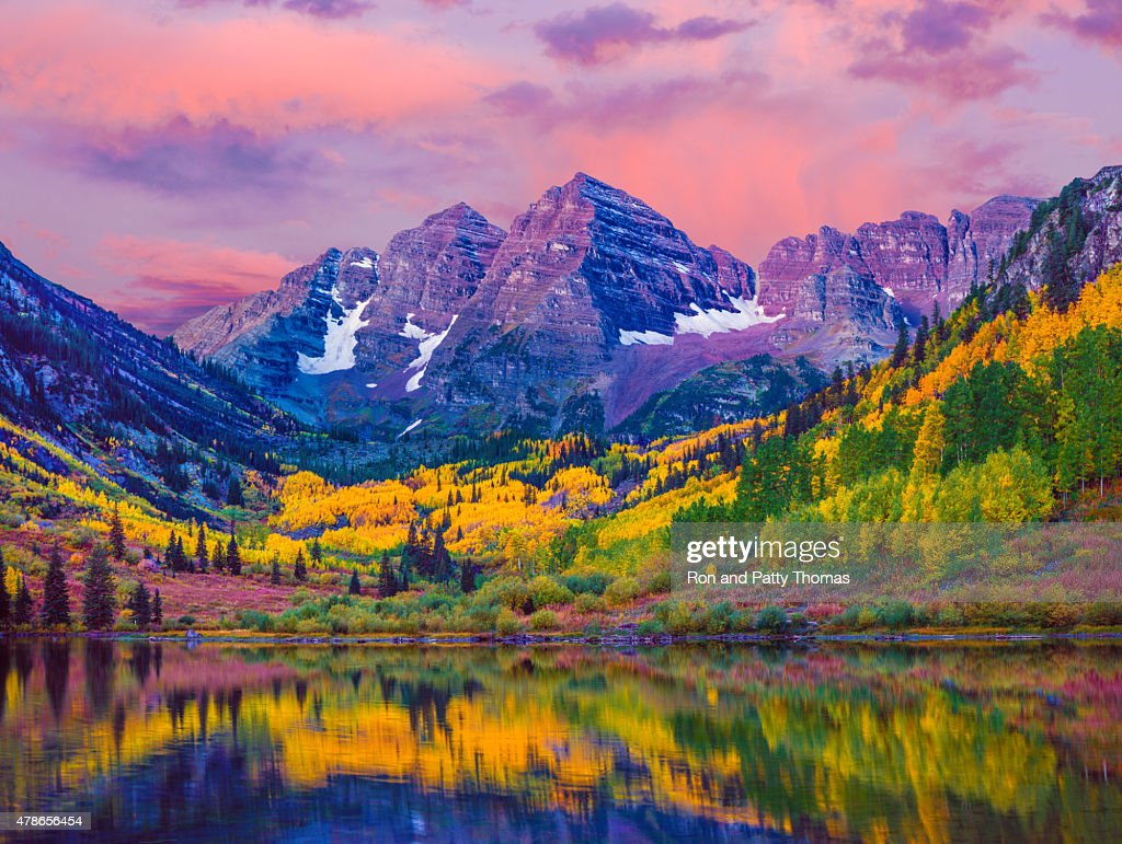 Maroon Bells autumn aspen trees,lake reflections,Aspen Colorado : Stock Photo