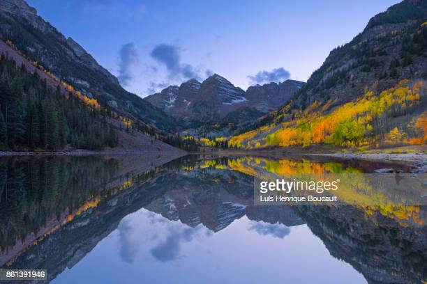 maroon bells & dawn - denver stock photos and pictures