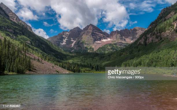 maroon bells lake - maroon bells stock pictures, royalty-free photos & images