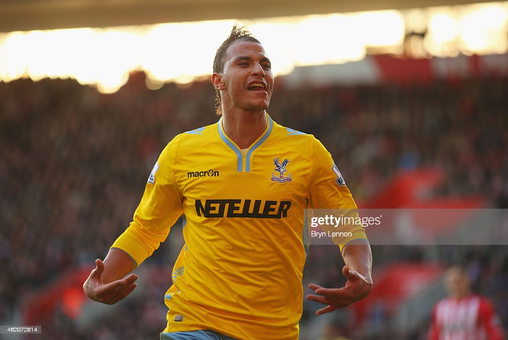 Marouane Chamakh of Crystal Palace celebrates as he scores their third goal during the FA Cup Fourth Round match between Southampton and Crystal Palace at St Mary's Stadium on January 24, 2015 in Southampton, England.