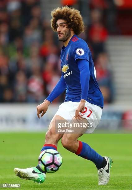 Marouane Fellaini of Manchester United in action during the Premier League match between Southampton and Manchester United at St Mary's Stadium on...