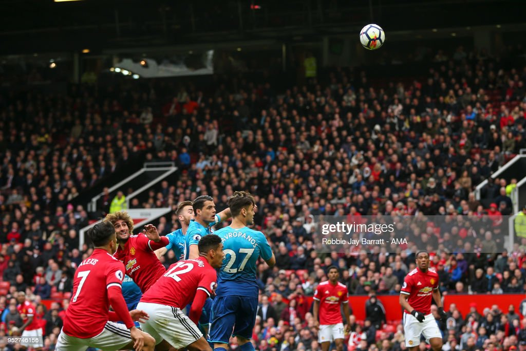 Marouane Fellaini of Manchester United scores a goal to make it 2-1 during the Premier League match between Manchester United and Arsenal at Old Trafford on April 29, 2018 in Manchester, England.