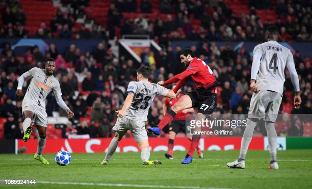 Marouane Fellaini of Manchester United scores his team's first goal during the UEFA Champions League Group H match between Manchester United and BSC...