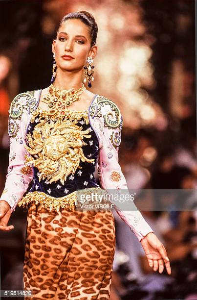 Marpessa Hennink walks the runway at the Christian Lacroix Haute Couture Fall/Winter 19891990 fashion show during the Paris Fashion Week in July 1989...