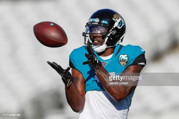 Marqise Lee of the Jacksonville Jaguars catches a pass before the start of a preseason game against the Atlanta Falcons at TIAA Bank Field on August...