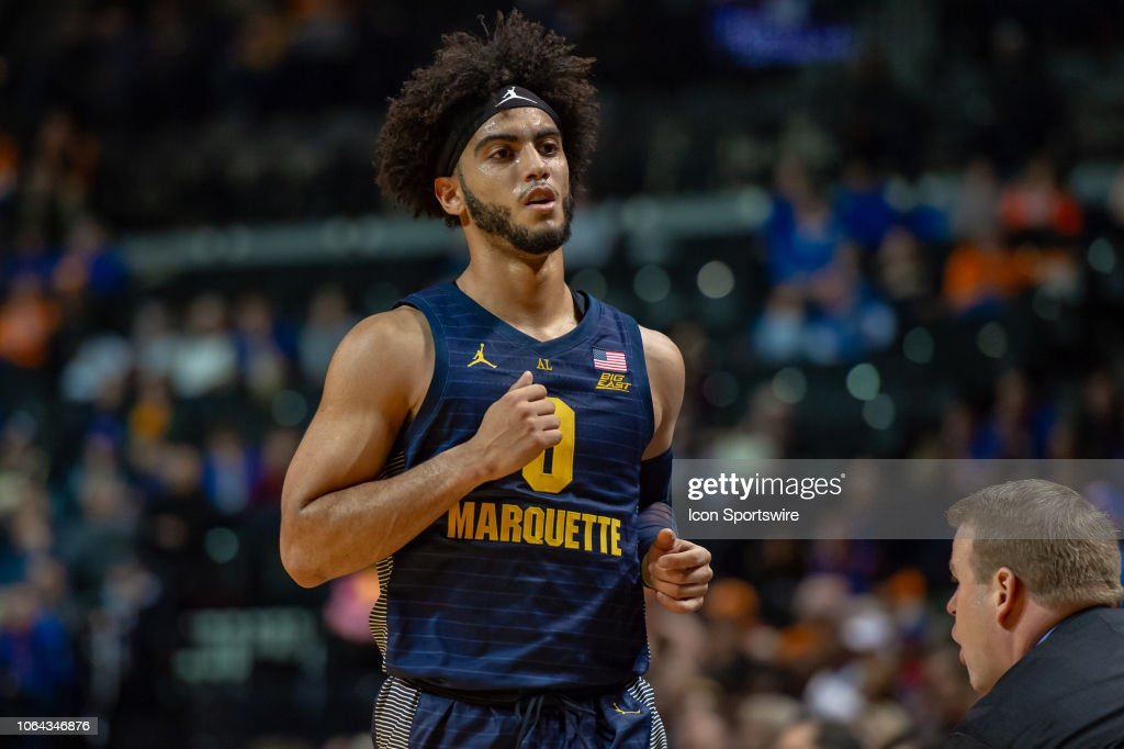 COLLEGE BASKETBALL: NOV 21 NIT Season Tip-Off - Kansas v Marquette : News Photo