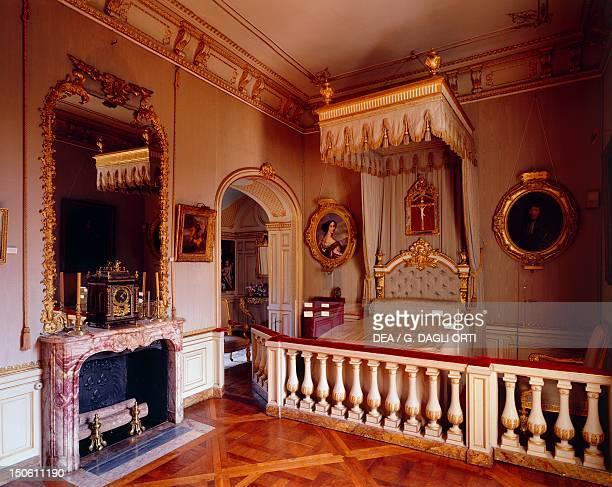 Marquise de Maintenon room Chateau de Maintenon France 16th century
