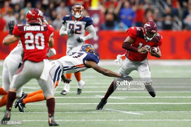 MarquiseWilliams of the San Antonio Commanders runs with the ball during the first half against the Orlando Apollos in an Alliance of American...