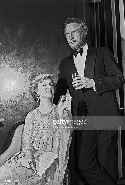 Married American actors Joanne Woodward and Paul Newman pose together at a Film Society of Lincoln Center tribute in their honor, New York, New York,...