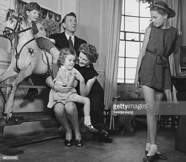 Married British actors Michael Redgrave and Rachel Kempson with their children Corin Lynn and Vanessa 31st October 1946