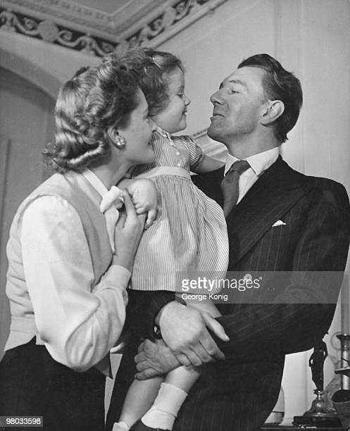 Married British actors Michael Redgrave and Rachel Kempson with their three yearold daughter Lynn 31st October 1946