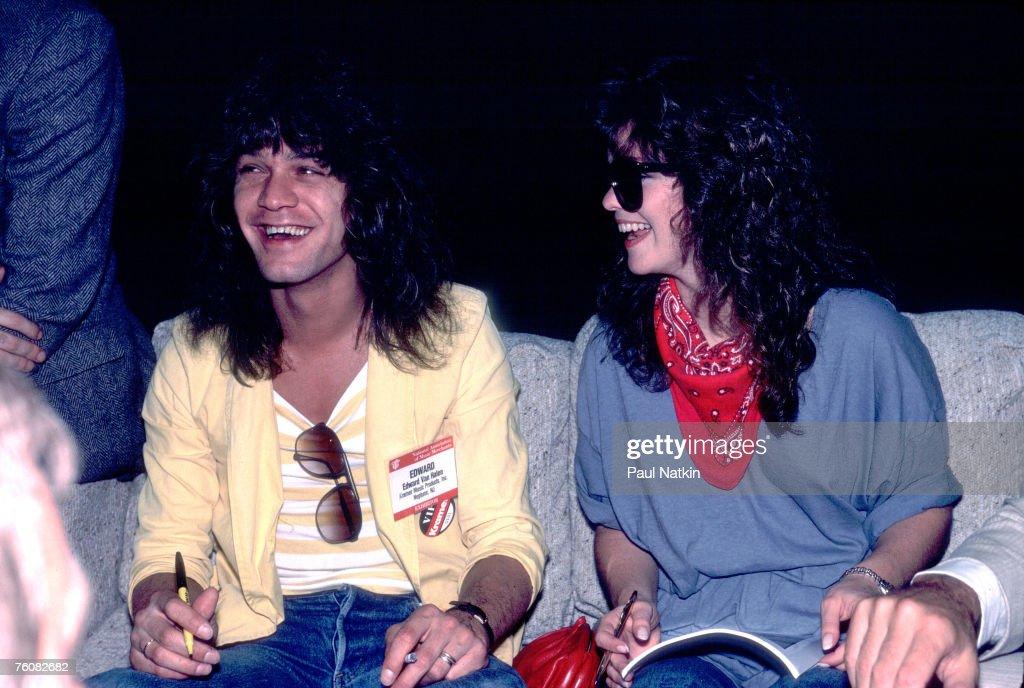 Van Halen & Bertinelli Backstage : News Photo