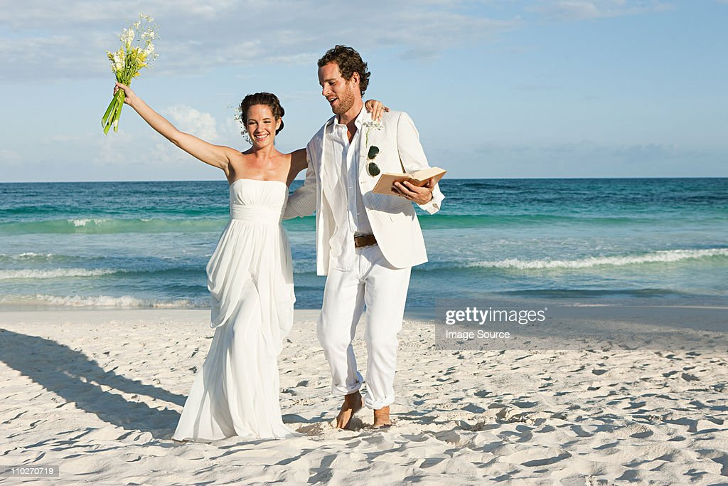 Married couple on beach : Stock Photo