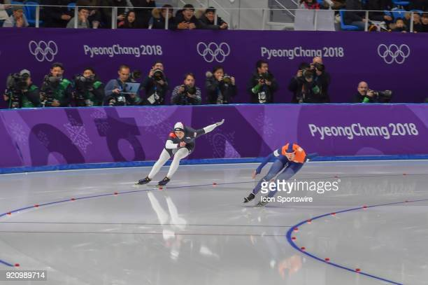 Marrit Leenstra and Heather Bergsma head down the backstretch during the 1000M Ladies Final during the 2018 Winter Olympic Games at Gangneung Oval on...